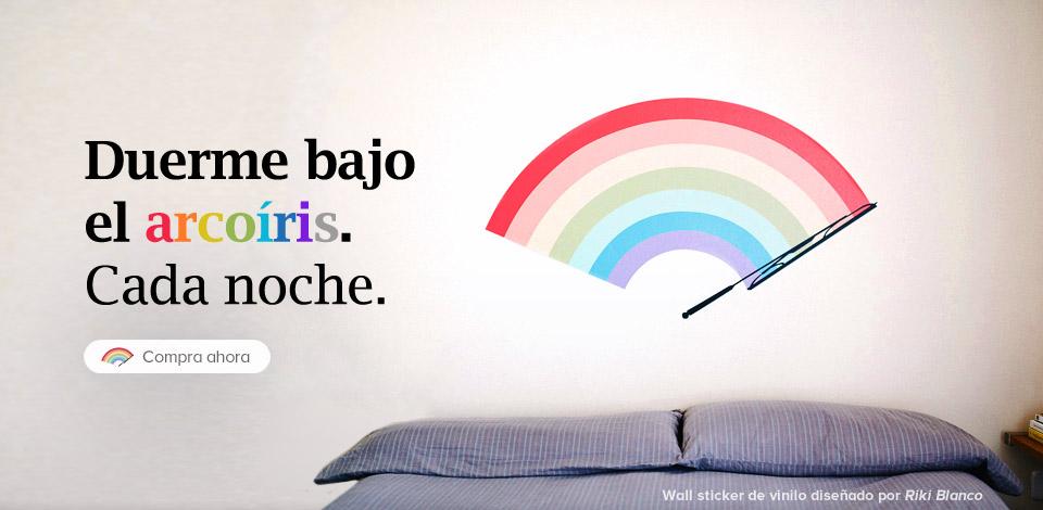 Riki Blanco trae un arco iris en forma de vinilo de pared a Camaloon